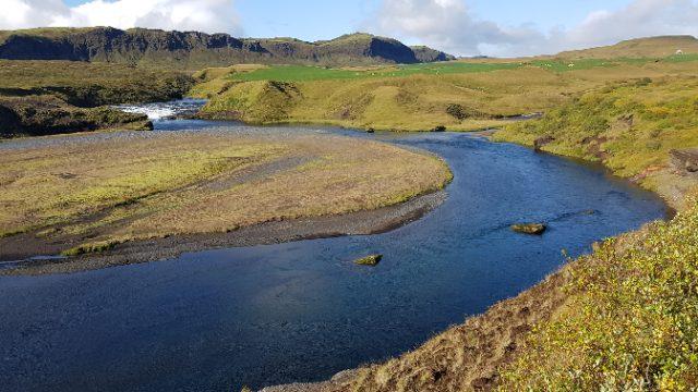 Mejor río para pescar reos en Islandia